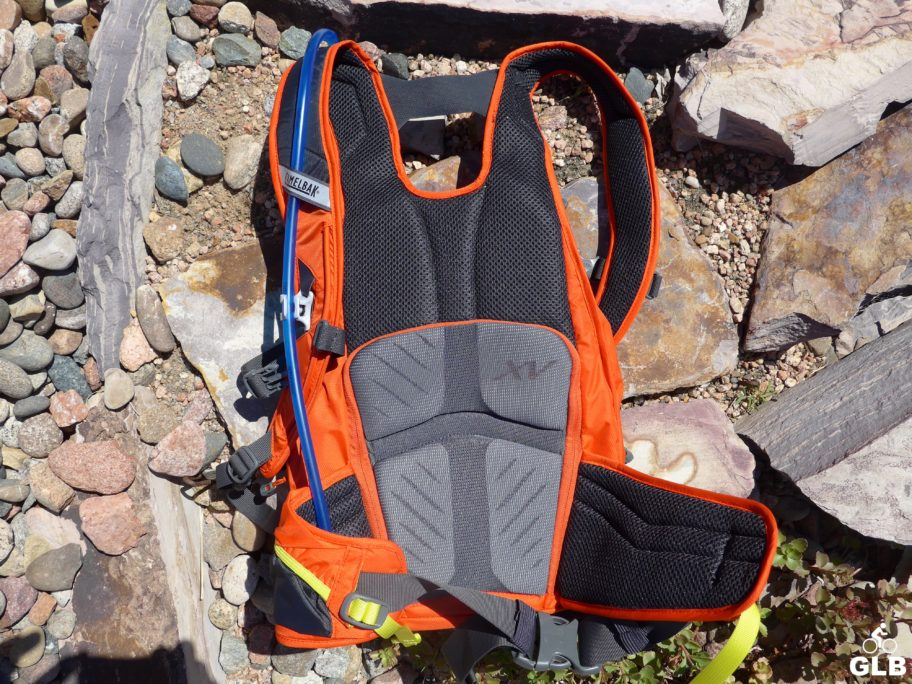 Camelbak_Skyline_10LR_back