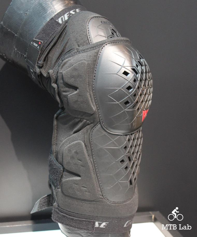 dainese_armoform_knee