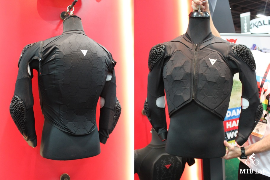 dainese_rhyolite_front_back