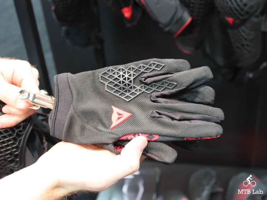 dainese_tatic_glove