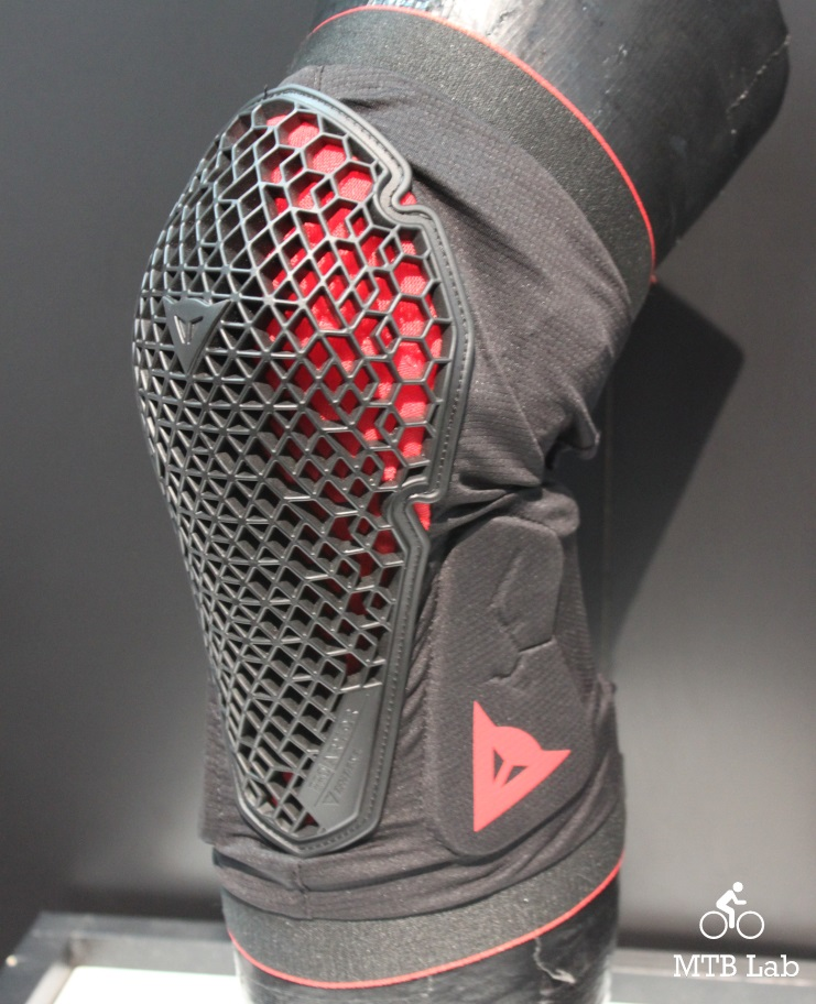 dainese_trail_skins2