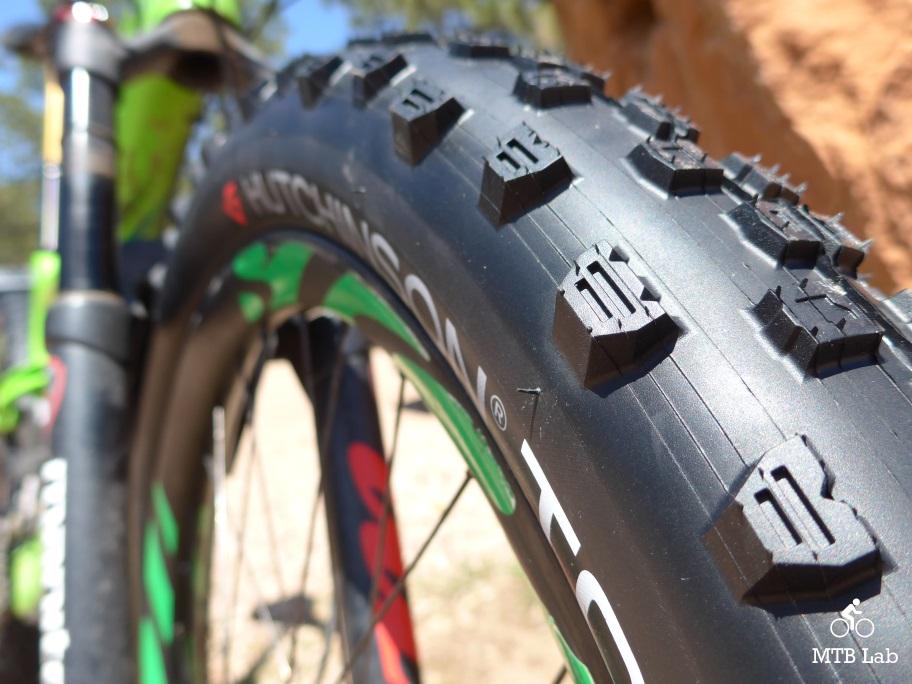 Hutchinson Toro Koloss Unisex Adult Bicycle Tyre Black 27.5 x 2.60